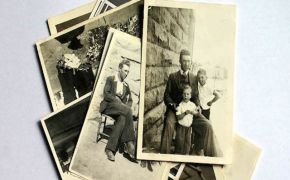 pile of old black and white family photos